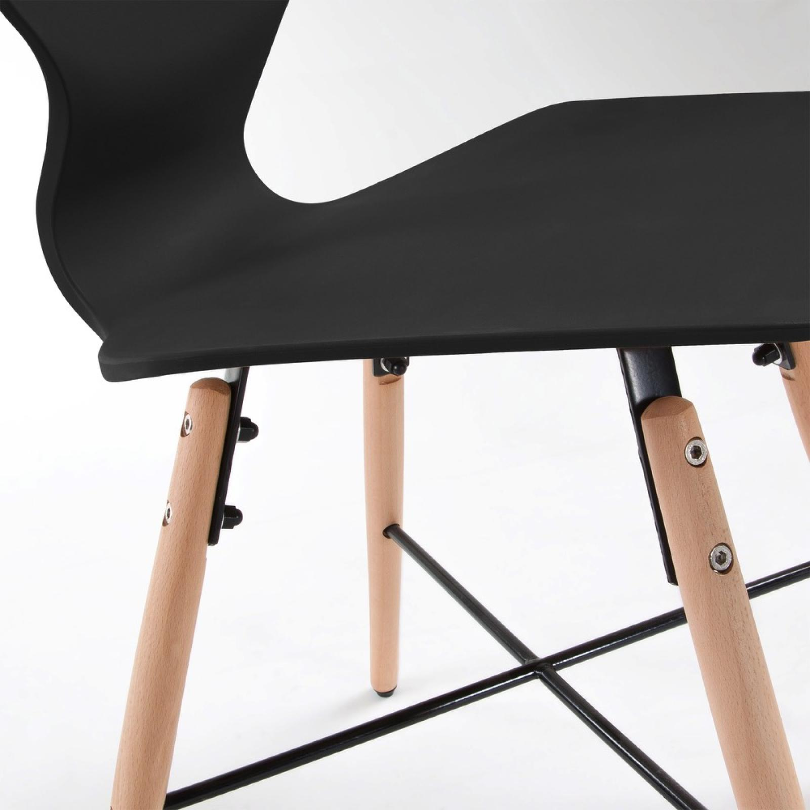 withey chaise bois naturel plastique noir. Black Bedroom Furniture Sets. Home Design Ideas